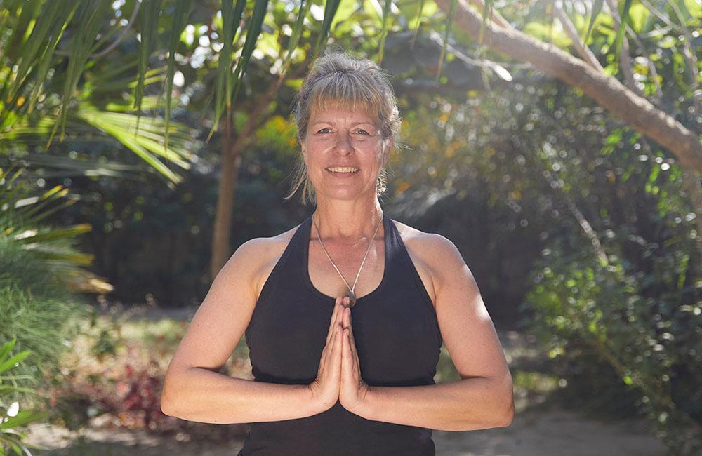 yoga-touch-gaby-namaste-1